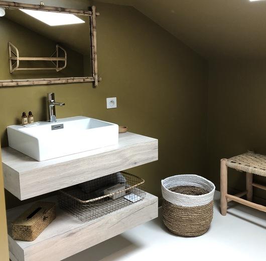 studio note végétale coin salle de bain